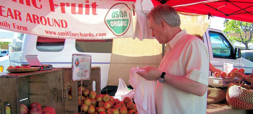 Farmers market is a hit with Ranch residents