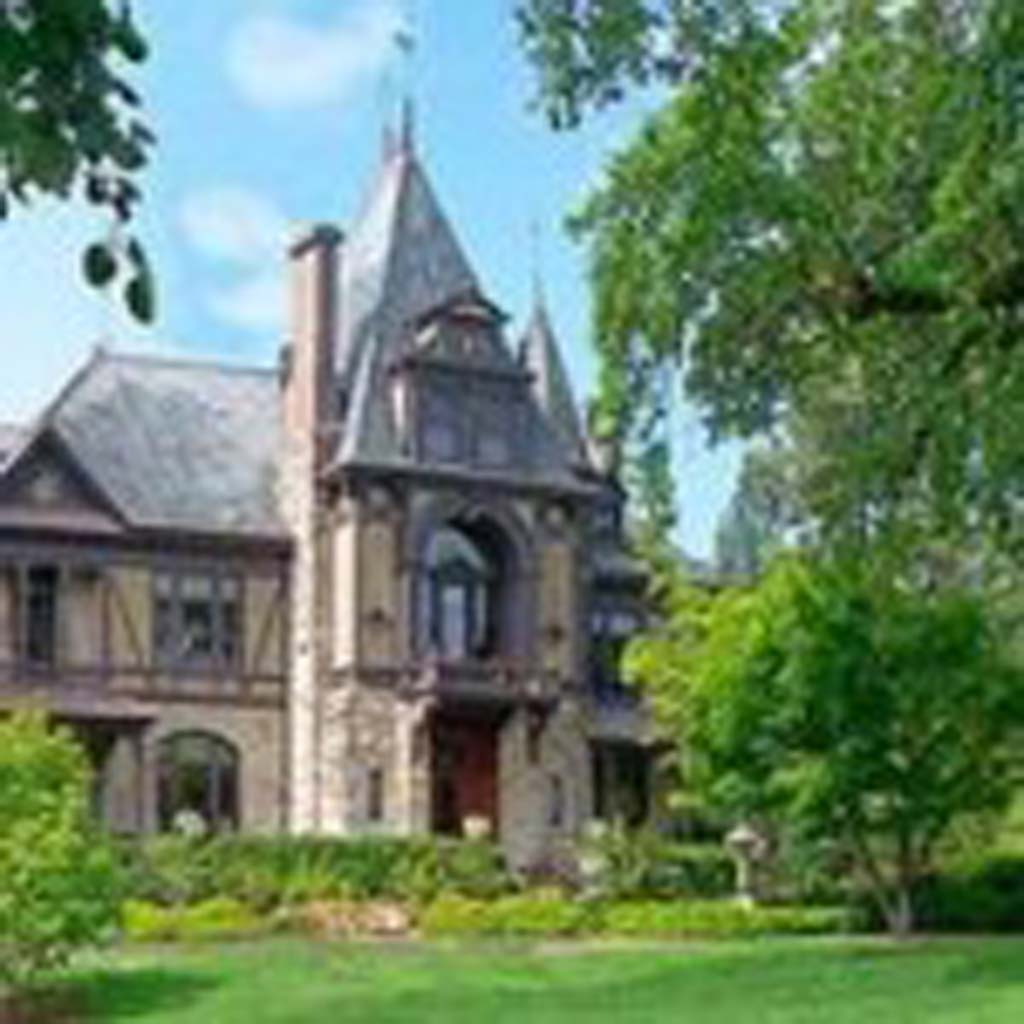 "Beringer Winery in Napa Valley may look ancient, being established in 1876.  But it has a very sophisticated online ""wine shop"" with a simple process of buying the wine you want with a ""browse and buy"" system. Photo courtesy of Beringer"