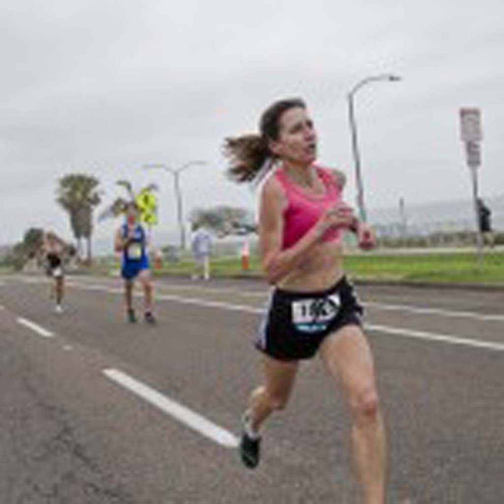 Glendale, Ariz. resident Beth Ellickson finishes the race with a respectable time of 18:32. Photo by Daniel Knighton