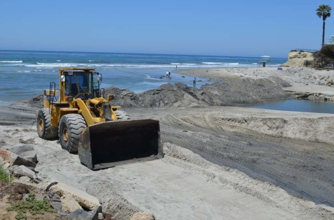 Excavation to improve health of the San Elijo Lagoon