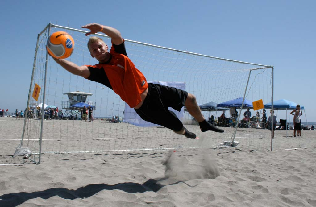 Beach Soccer Festival to unite international, local teams