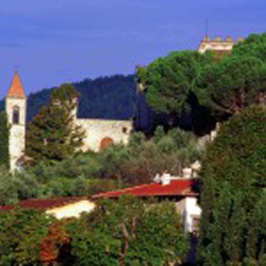 The acclaimed hills of Tuscany, Italy came alive with great wines from every corner the first half of 2013. Photo courtesy of Bing.com