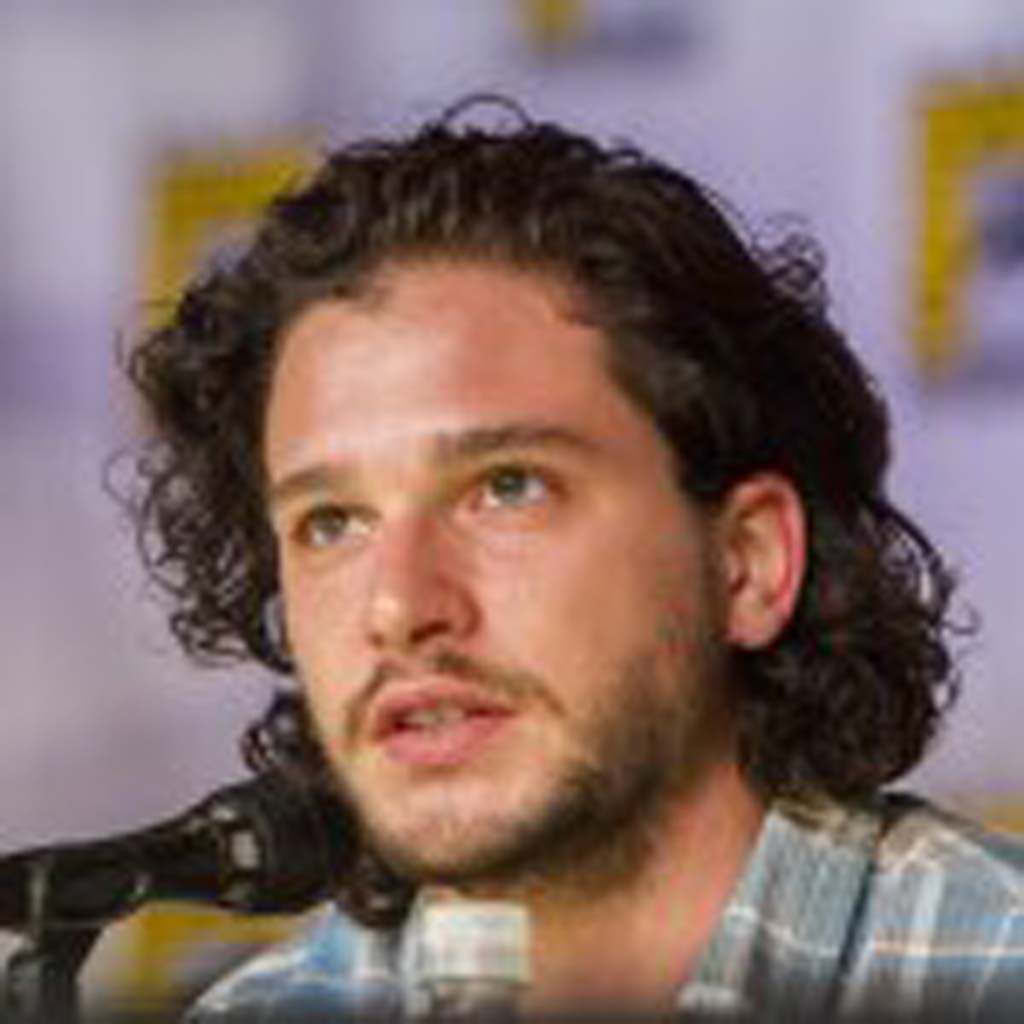 "Actor Kit Harington, ""Game of Thrones"" talks to fans at Entertainment Weekly's Brave New Warriors panel at Comic-Con on Thursday. Photo by Daniel Knighton"