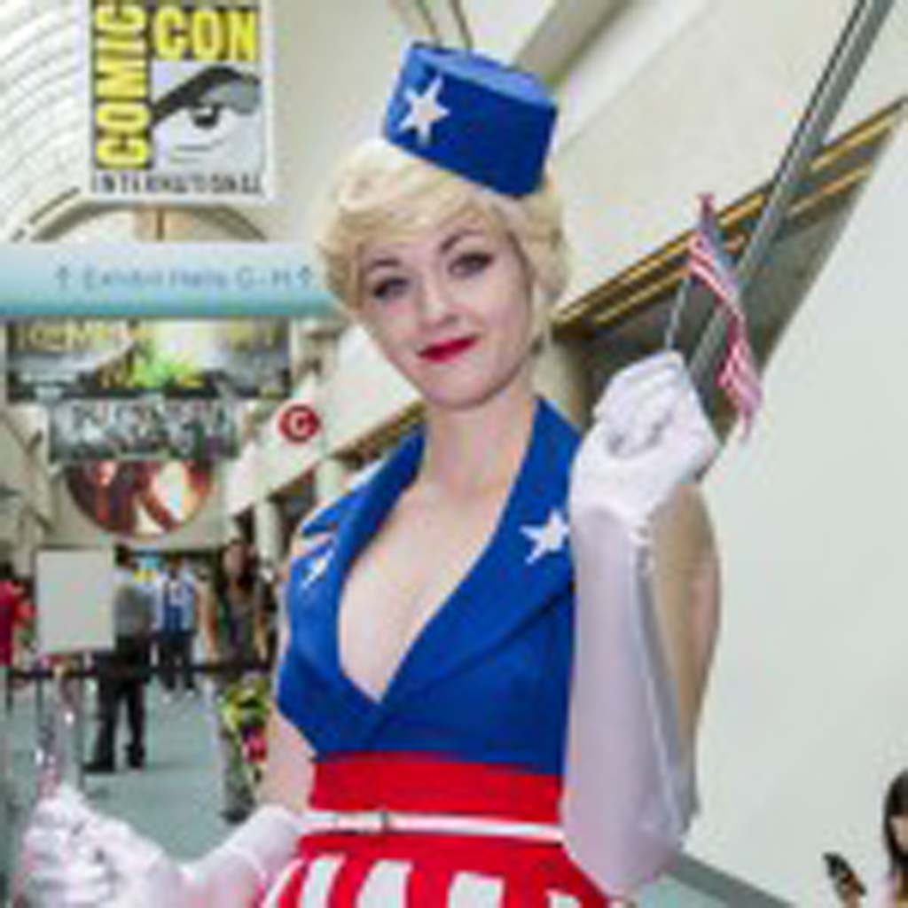 """Camarillo resident Corinne Soutar dresses as a USO girl from the """"Captain America"""" movie. Photo by Daniel Knighton"""