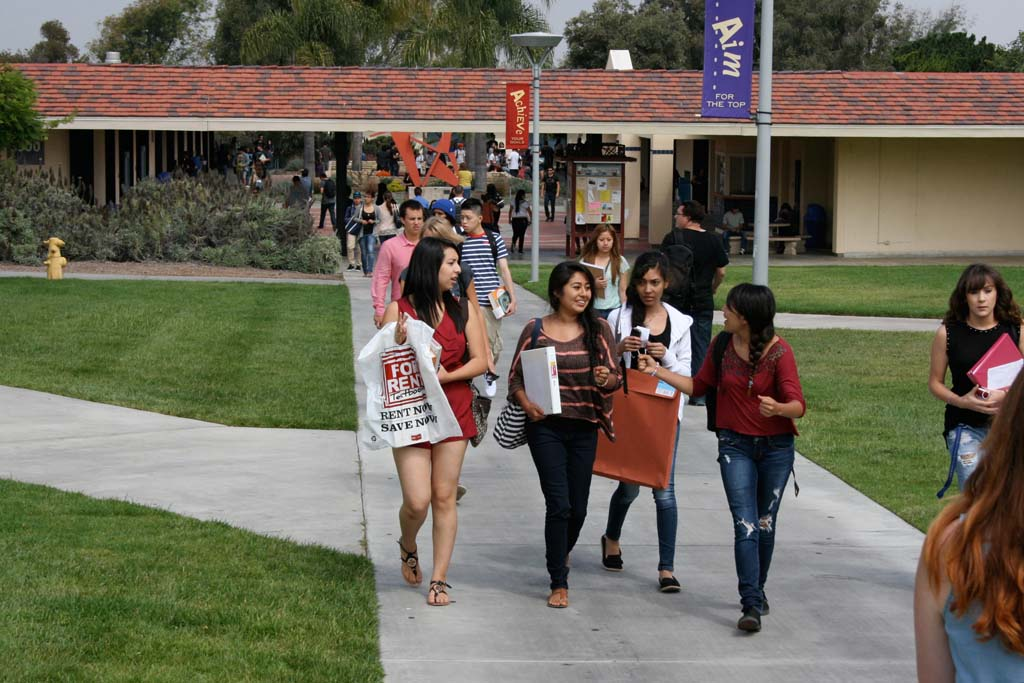 MiraCosta College gears up to greet 17k students