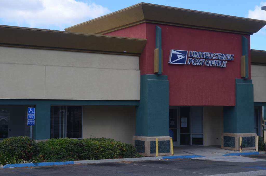 The Escondido Post Office at 403 N. Escondido Boulevard is being looked at as part of a closure study. The public will have a chance to weigh in during an open meeting Sept. 26 at 6 p.m. at the post office's Escondido Boulevard location. Photo by Tony Cagala