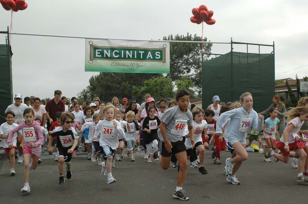All ages are invited to be part of the Encinitas 5K/1K race and Feeling Fit Expo Oct. 12 at Moonlight Beach. Courtesy photo
