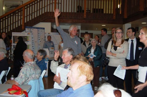 Residents in Del Mar voice concerns with double-track project