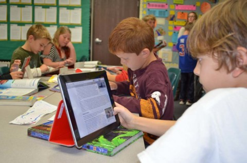 Study tracks how iPads impact learning and teaching in EUSD classrooms