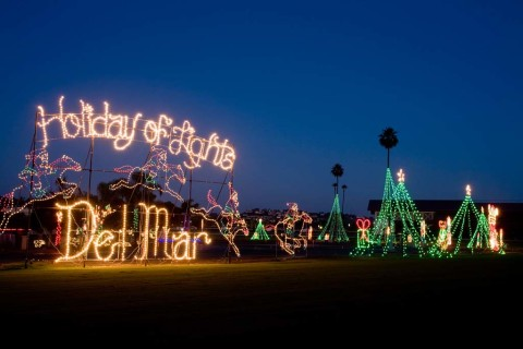It's lights out this year for a Del Mar holiday tradition