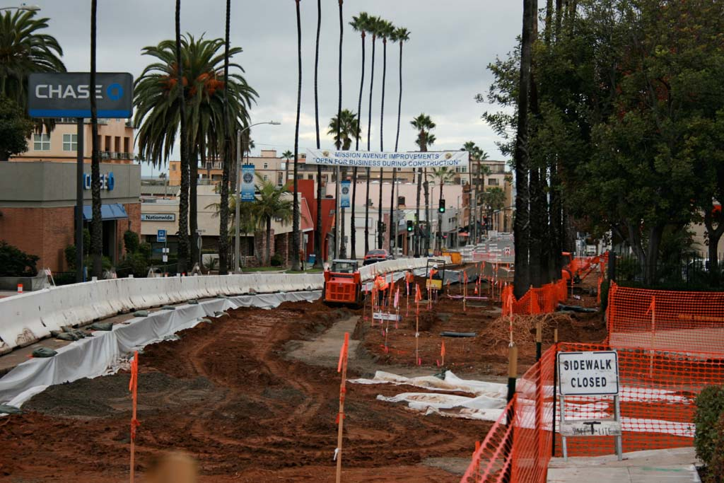 Businesses open during Mission Avenue improvements