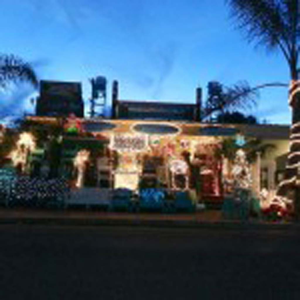 "Online voters awarded Bamboo 2 U to and Tikis Too the second-place prize in Leucadia 101 Main Street's 2013 ""Lite Up Leucadia"" holiday lights contest. Courtesy photo"