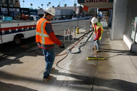 Businesses remain open as Mission Avenue improvements progresses to phase II