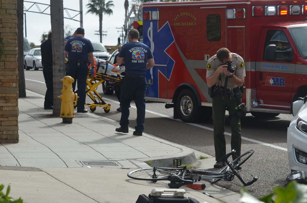 Cyclist hit by motorist on 101