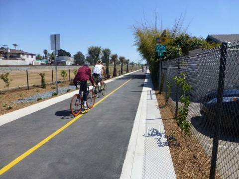 Oceanside links with Rail Trail
