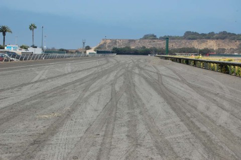 Synthetic out, dirt in at Del Mar track