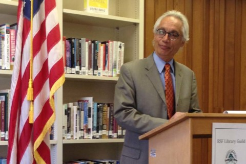 Jose Aponte takes part in Rancho Santa Fe Library special event