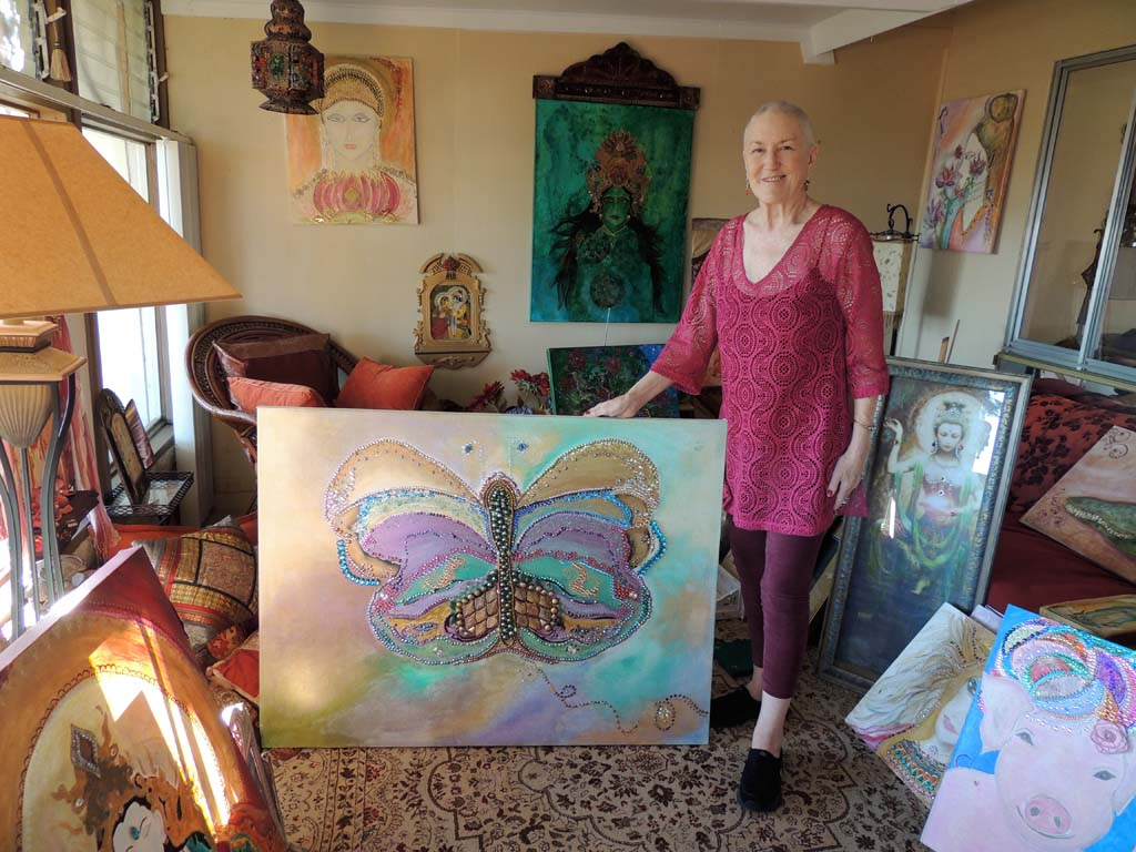 Artist, former nun hosts fundraiser for lifesaving bone marrow transplant