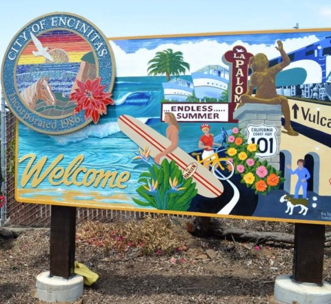 New sign welcomes people to downtown Encinitas