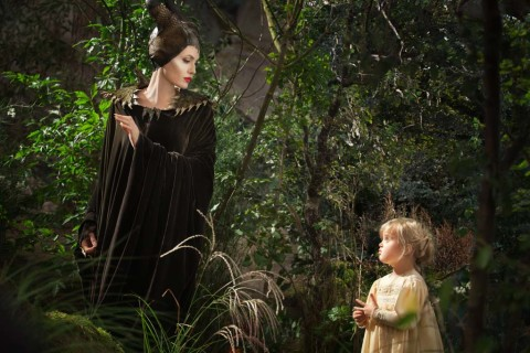 Film review: 'Maleficent' isn't quite spell binding