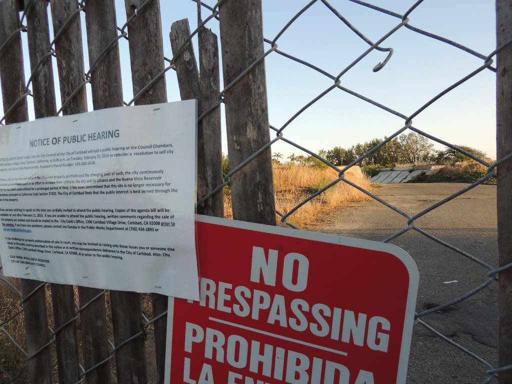 The abandoned Buena Vista Reservoir has not been used in decades. Residents are petitioning the city to turn the gated-off site into a public park. File photo by Rachel Stine