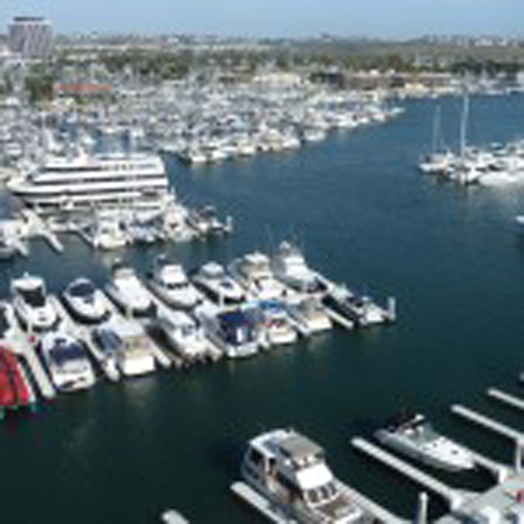 The Club Lounge of the Ritz-Carlton Marina Del Rey in Los Angeles offers a spectacular view. Photos by Frank Mangio