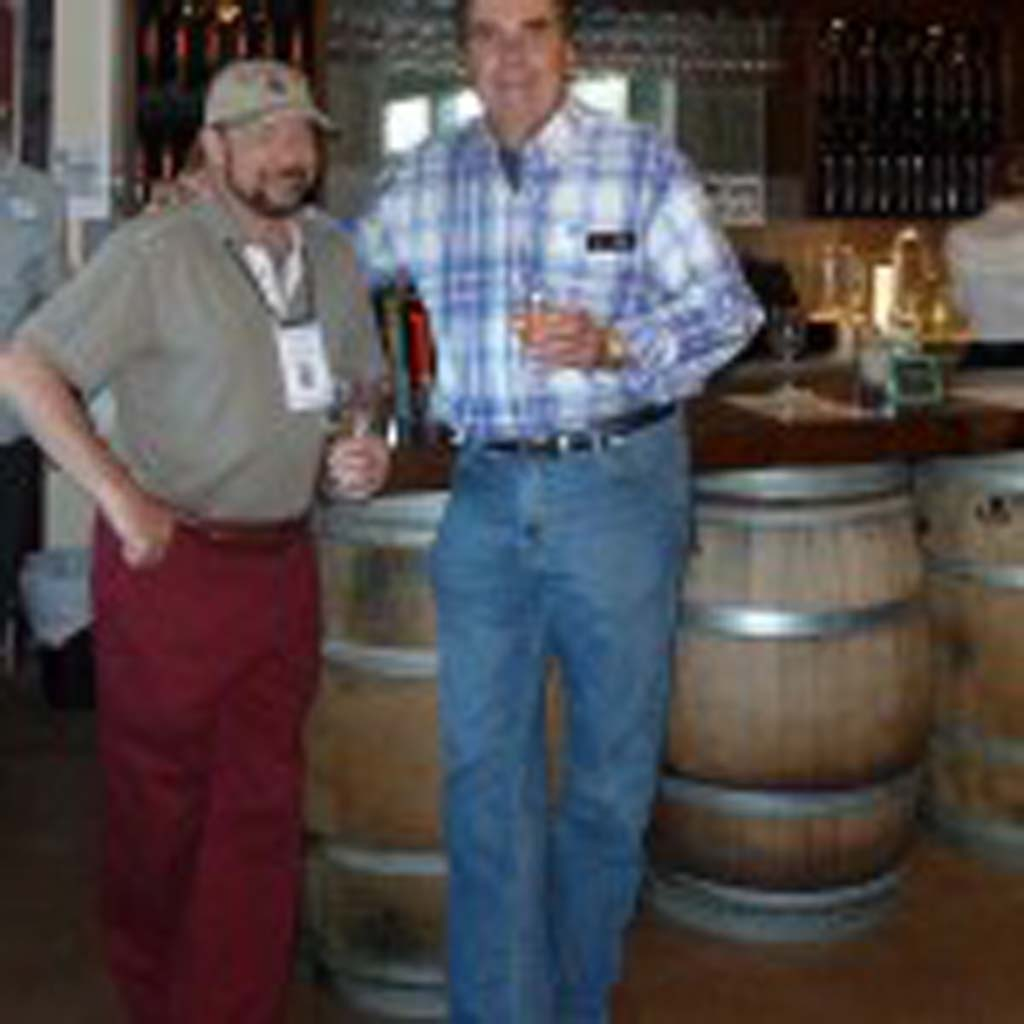 Taste Of Wine columnist Frank Mangio and Estate d' Iacobelli owner Ronei Iacobelli. Photos by Frank Mangio