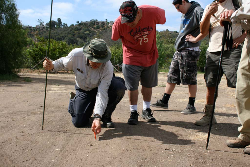 Tracking group offers firsthand look at local wildlife