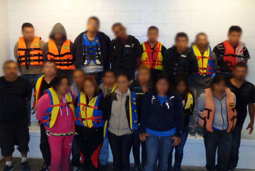 20 people arrested in smuggling attempt