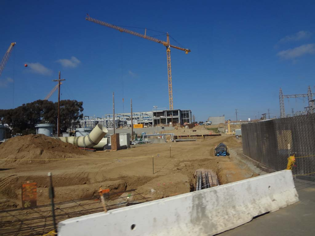 Water desalination plant more than 60 percent finished