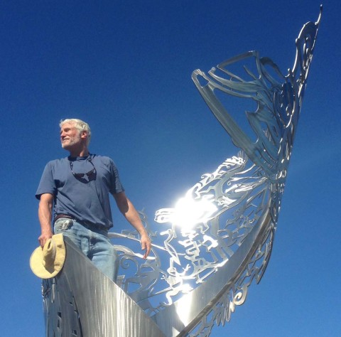 Sculpture installed in Carlsbad roundabout