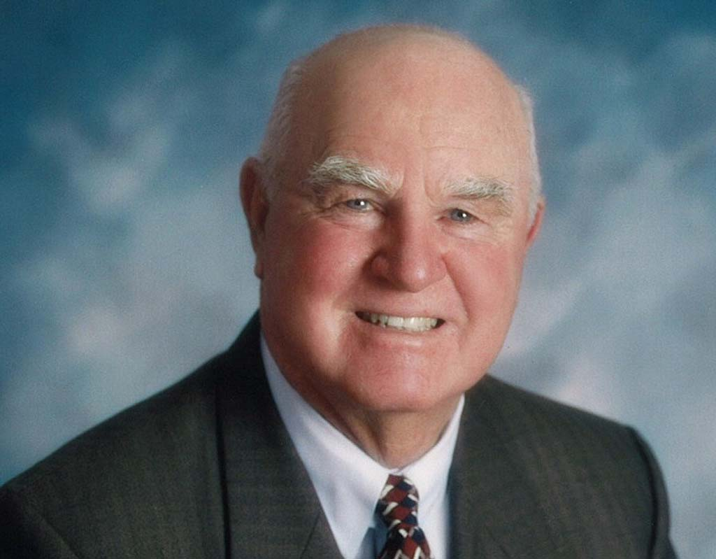 "Claude ""Bud"" Lewis, Carlsbad's longest serving mayor, passed away on Oct. 15. ""Mayor Lewis was a humble man who never forgot his roots,"" said Councilmember Keith Blackburn. Courtesy photo"