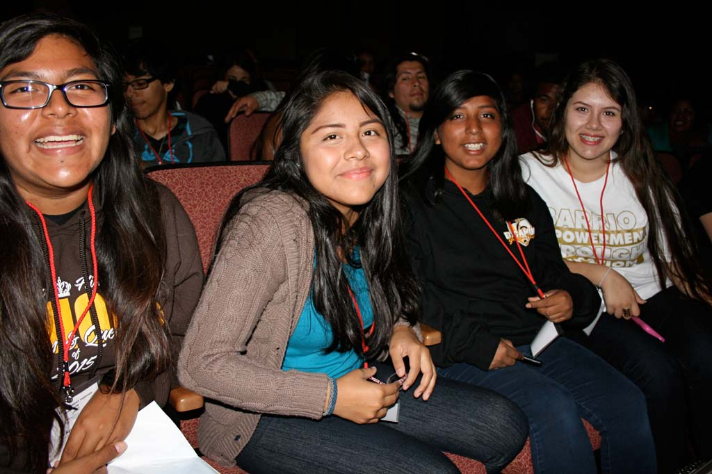 El Camino High School junior Rosaisela Reyes (second from left) has her sights set on becoming a dermatologist. She said good grades in high school would help her reach her goal. Photo by Promise Yee