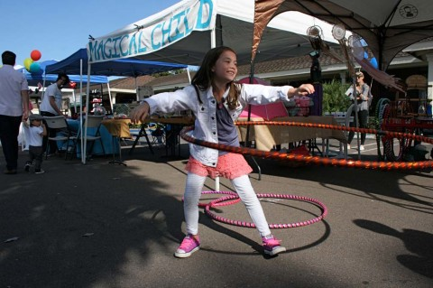 Fall Street Fair brings shopping, food and spontaneous fun