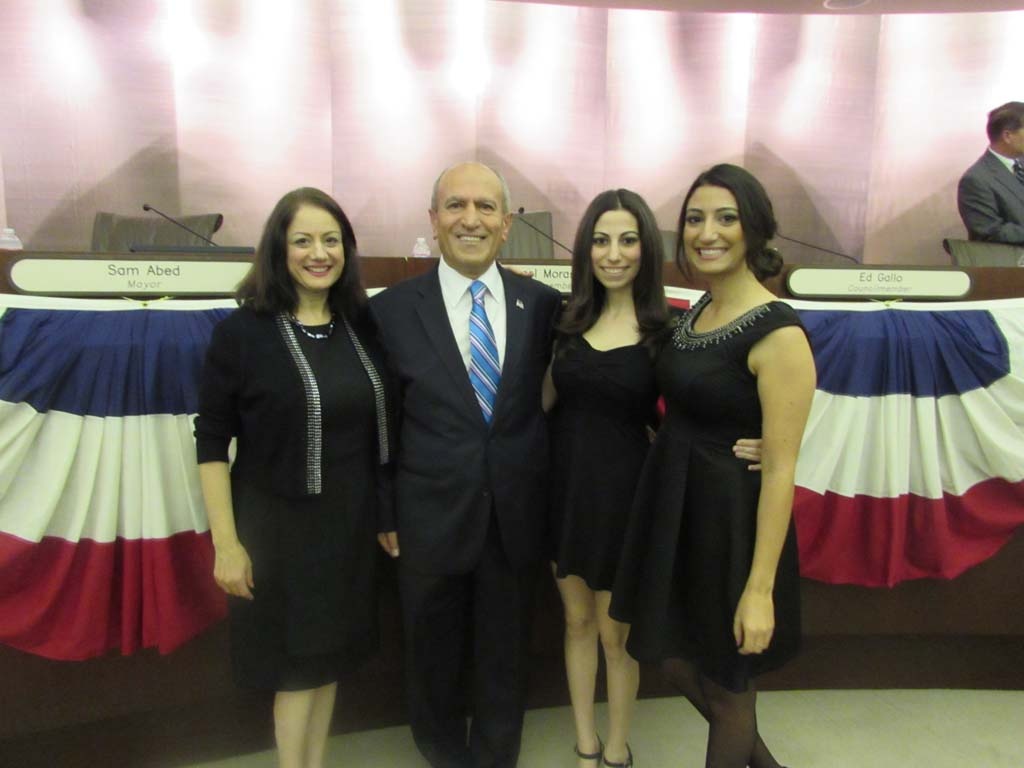 Council thanks voters, Diaz absent for installation ceremony