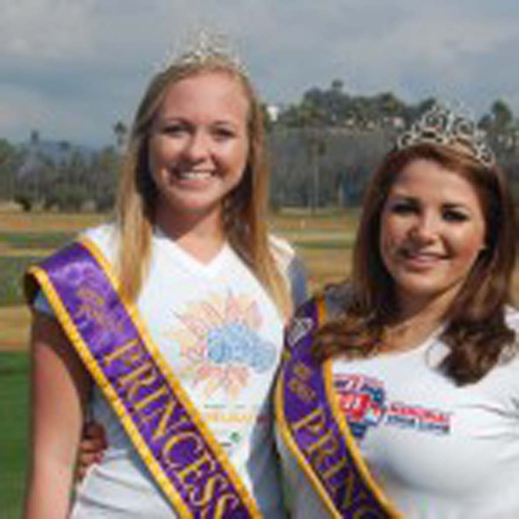 Acting as spotters are Miss Poway Princesses Summer Wineteer, left, and Katie Burns. Photo by Bianca Kaplanek