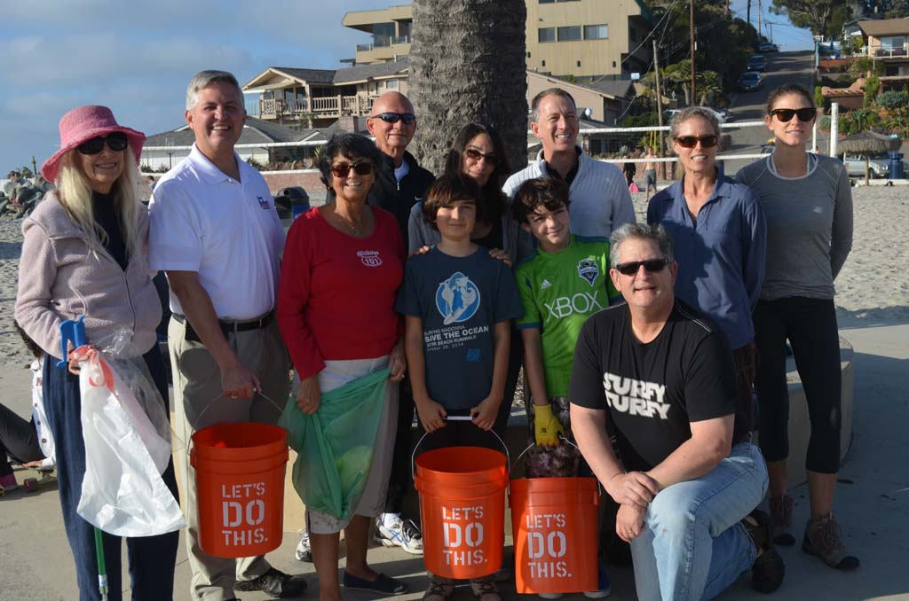 Several volunteers from around Encinitas come out to take part in the new nonprofit Engage Encinitas' first civic engagement event by picking up trash at Moonlight Beach on Monday. The nonprofit is being organized by former Encinitas mayor Teresa Barth, Mim Michelove, Liz Taylor and Tiffany Fox. Photo by Tony Cagala