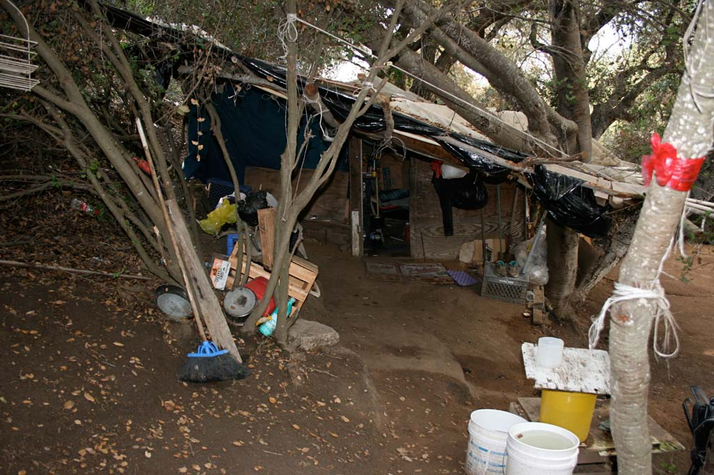 Migrant farm workers often face inadequate housing and lack of clean water. Poor living conditions increase their health risks. Photo by Promise Yee