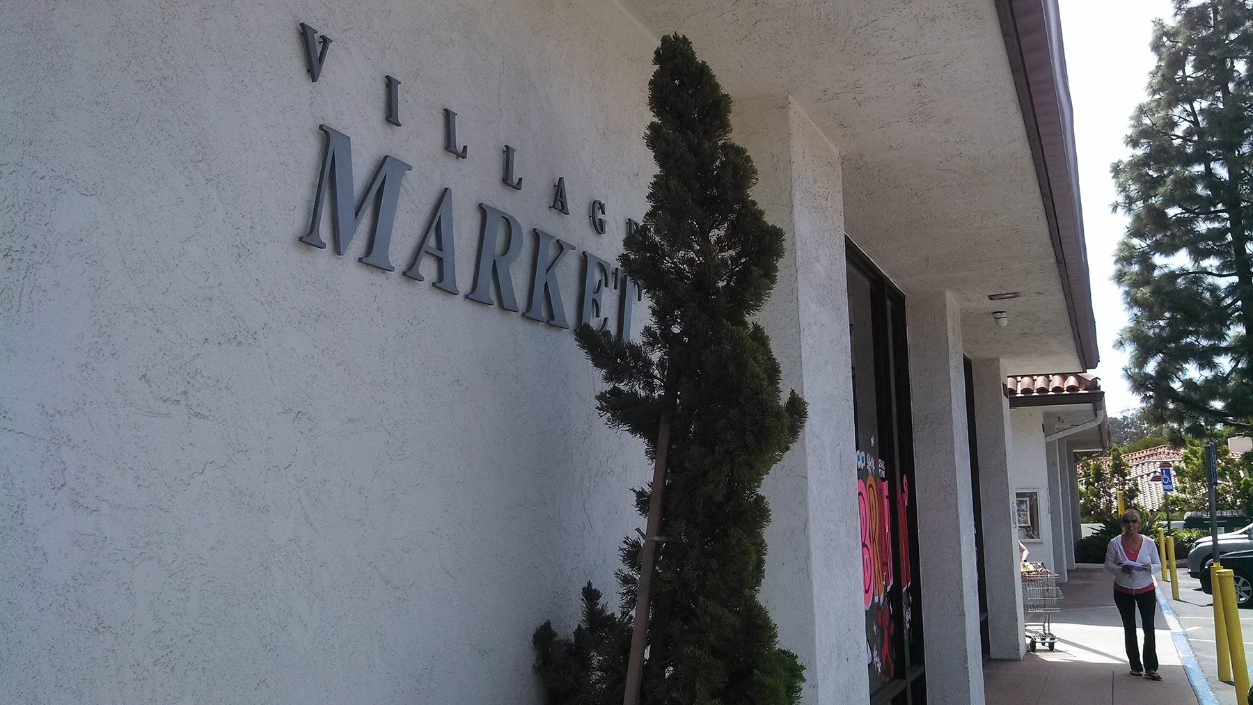 Rancho Santa Fe residents pack the monthly Association meeting to express concerns over a potential new project in the Village. Earlier this year it was announced that Stumps Market would be closing after a new lease wasn't signed. File photo