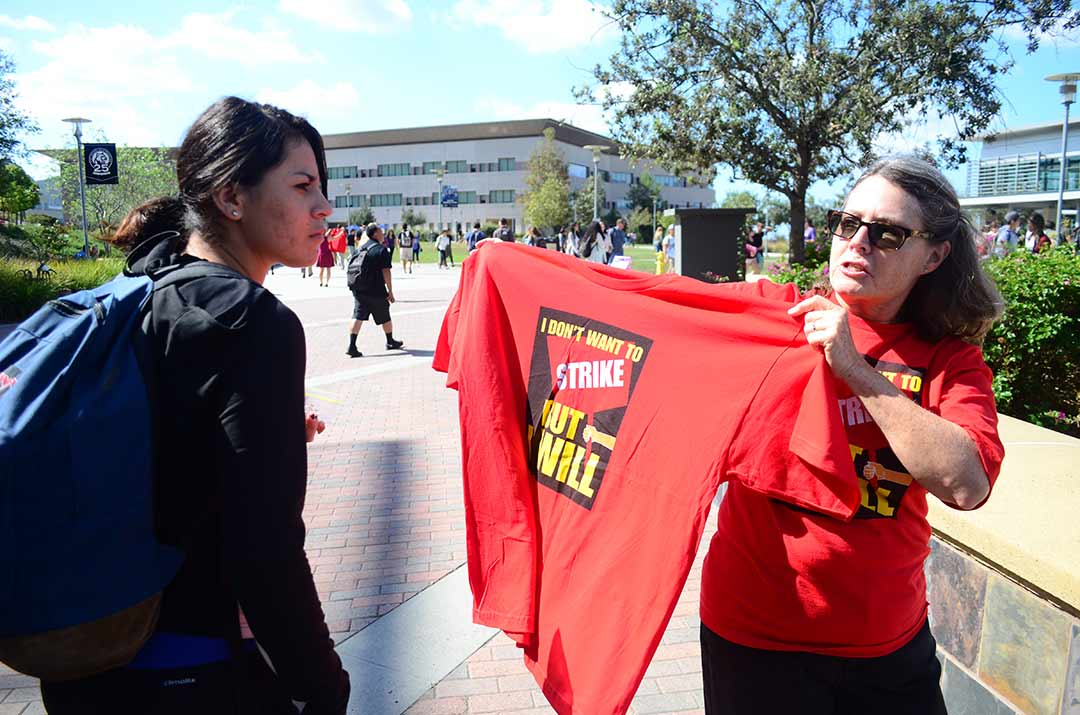 CSUSM faculty demonstrate for higher salaries
