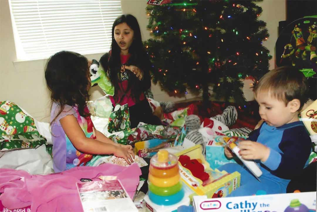 Help bring holiday joy to our military heroes