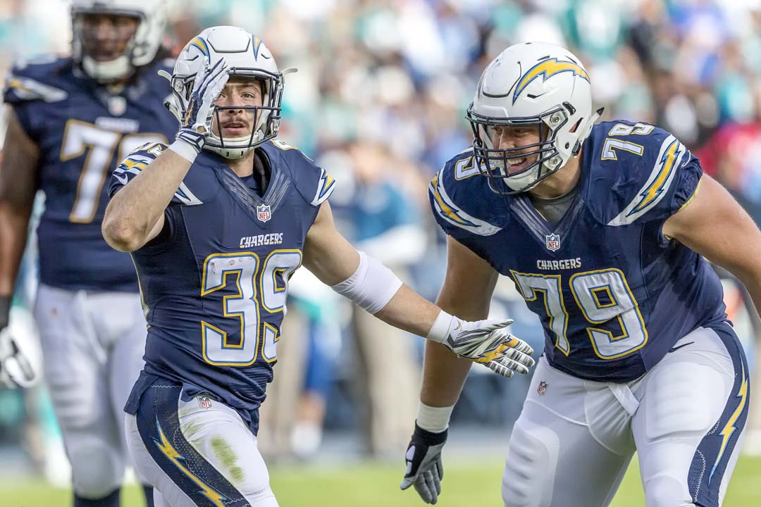 San Diego Chargers running back Danny Woodhead (39) acknowledges the crowd after scoring a touchdown. Photo by Bill Reilly