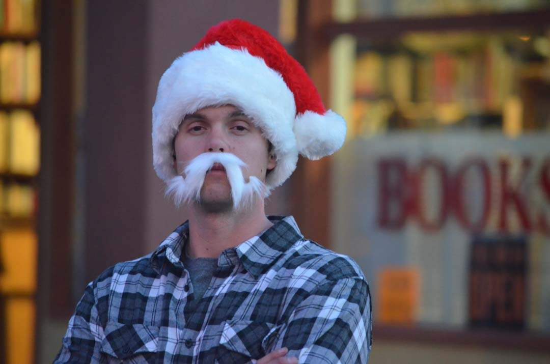Shaun Dubois waits for the Encinitas Holiday Parade to start in style. Photo by Tony Cagala