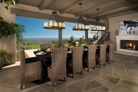 Sprawling estate-style residences on  top of the world in Rancho Santa Fe