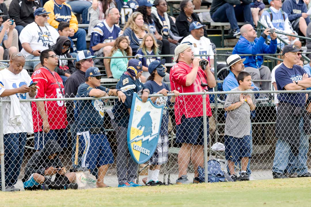Chargers open rookie camp to public