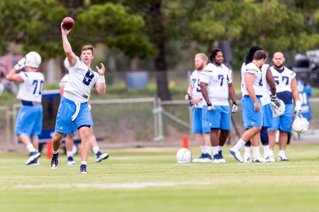 Rookie quarterback Bryn Renner (9) passes the ball during the 2016 rookie mini-camp held at Chargers Park. Photo by Bill Reilly