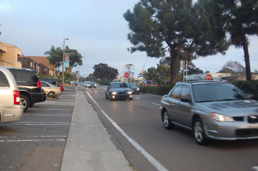 City pumps brakes on Camino del Mar streetscape plan