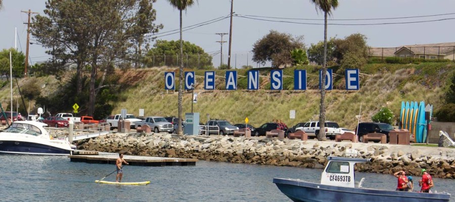 Oceanside sets rules for stand-up paddleboards