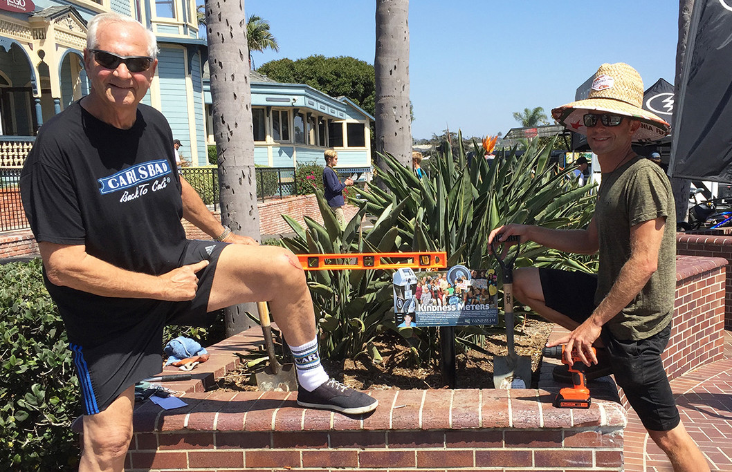 Newest kindness meters will help keep Carlsbad sign's lights on
