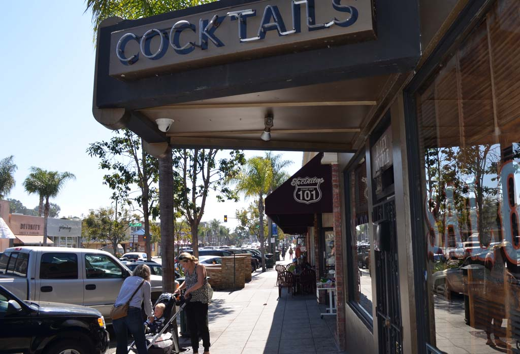 Planning commission to discuss alcohol serving establishments along Coast Highway